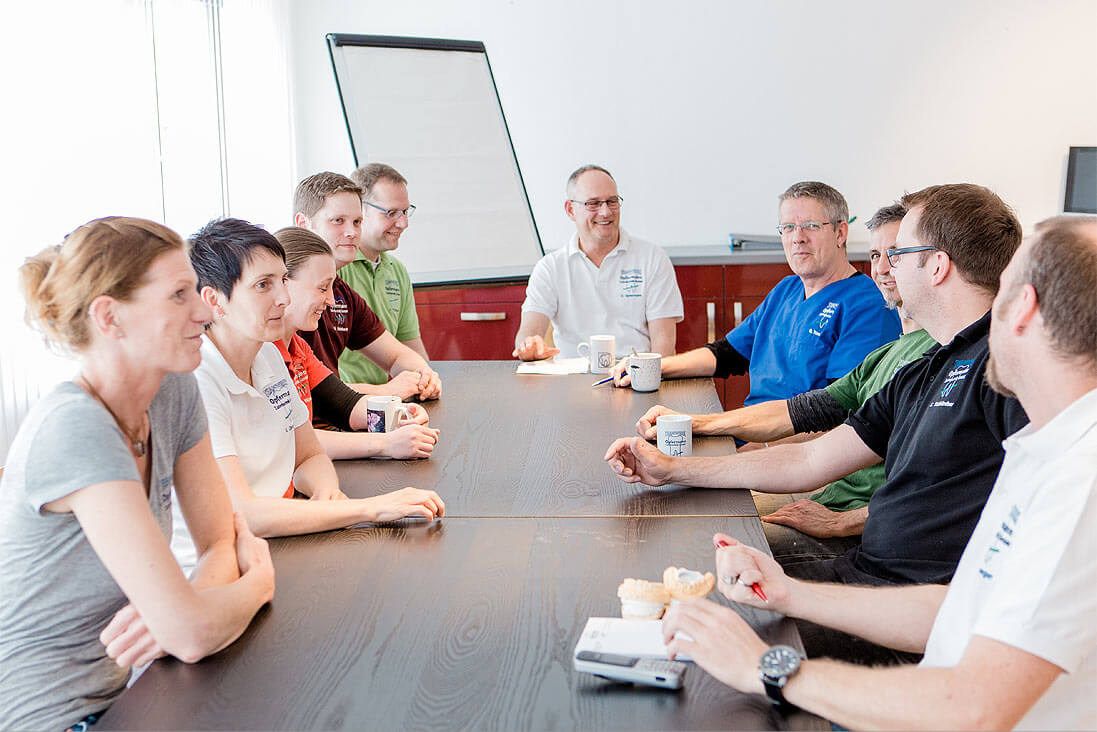 Morgendliche Besprechung des Zahnärztlichen Fachlabors Teamwerk Opfermann Zahntechnik GmbH